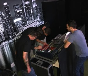 Bowers & Wilkins 800 D3 Showcase with local talent3