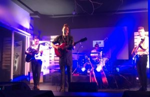 Bowers & Wilkins 800 D3 Showcase with local talent5